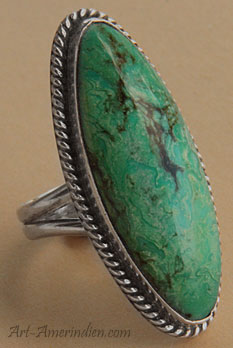 Navajo Native Indian ring made from Sterling Silver and Candelaria mined turquoise.