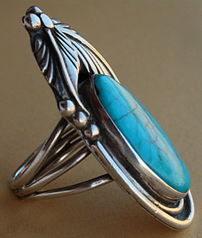 Indian Native American turquoise and sterling jewelry ring