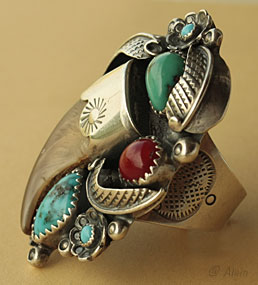 Navajo Native american tribal ring, sterling, coyote claw, turquoises and coral gemm