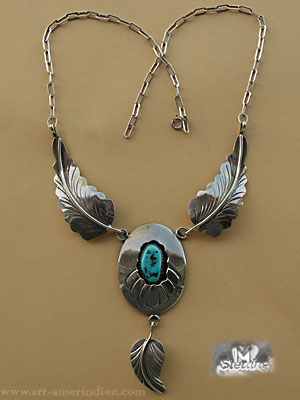 South western necklace made from sterling silver and Onyx gemm, silver Eagle feathers, unsigned