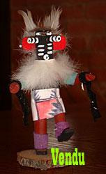 Poupée fétiche Kachina Amérindienne représente un Carrier Dancer