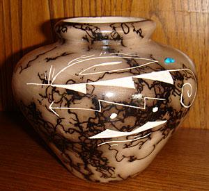 Poterie horse hair Navajo signée par l'artiste Navajo Pauline Zahne