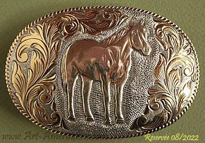 Boucle de ceinture américaine Western Country made in USA qui représente un  cheval American Quarter Horse ... cb8f329a8c4